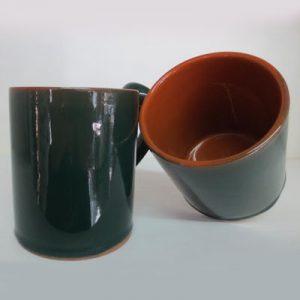 Bicchiere da tavola color verde e cuoio