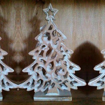 Albero di Natale in legno intagliato