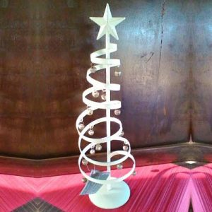 Albero di Natale a spirale con campanelle